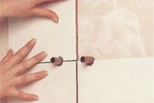 Как уложить плитку вокруг препятствий