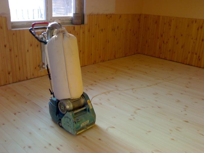Как выполнить шлифовку деревянного пола