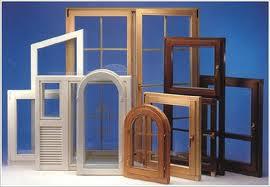 Что купить: пластиковые или деревянные окна?