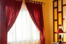 Оконные шторы и карнизы