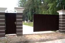 Преимущества откатных ворот