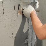Выравнивание поверхности строительными смесями