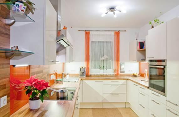 Кухонные шторы: правила жизни