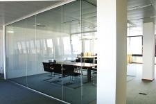 Почему перегородки стеклянные стали популярны
