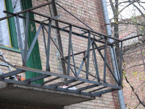 Как сделать вынос на балконе
