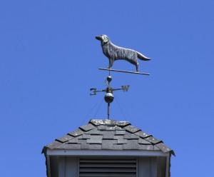Как правильно установить флюгер на крышу дома своими руками