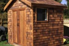 Как построить сарай на дачном участке?