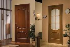 Как установить входную деревянную дверь своими руками