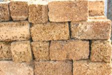 Камень строительный: колпак и ракушечник