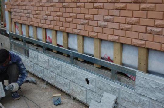 Укладка фасадной плитки: облицовываем дом шаг за шагом