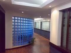 Стеновые стеклянные блоки