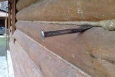Технология конопатки стен сруба бани своими руками
