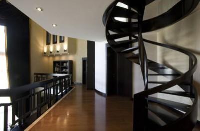 Лестница внутри квартиры