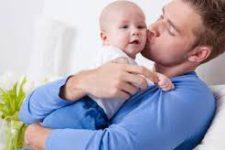 Усыновить ребенка: о процедуре и ее тонкостях