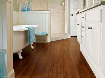 Как выбрать ламинат для ванной комнаты