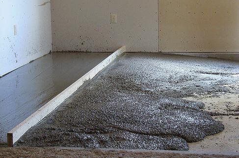 Цементно-песчаная стяжка пола