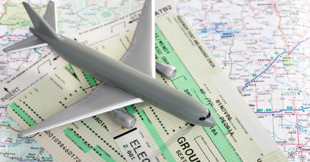 Как сэкономить на покупке авиабилетов?