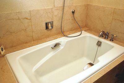 Способы придания чистоты ванне