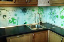 Отделка кухни панелями