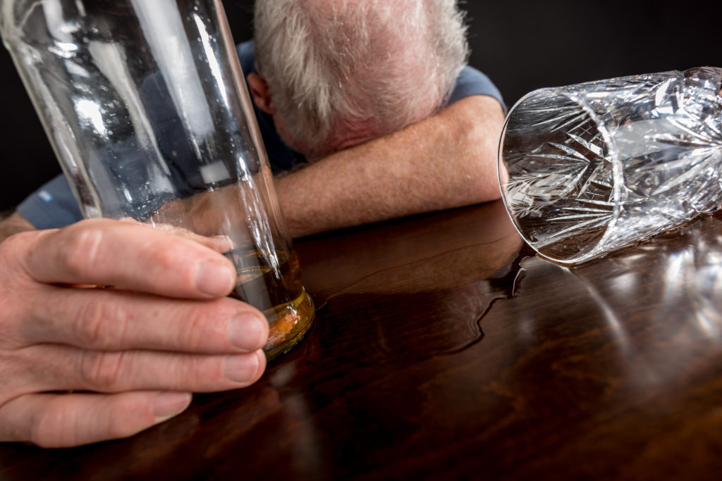 Как узнать признаки алкоголизма