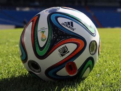 Как выбрать интернет-магазин мячей для футбола?