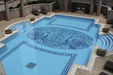 Оформление чаши бассейна: выбираем декоративную мозаику