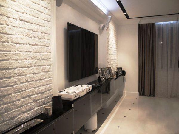 Рельеф и акценты: идеи использования белого кирпича в интерьере комнат