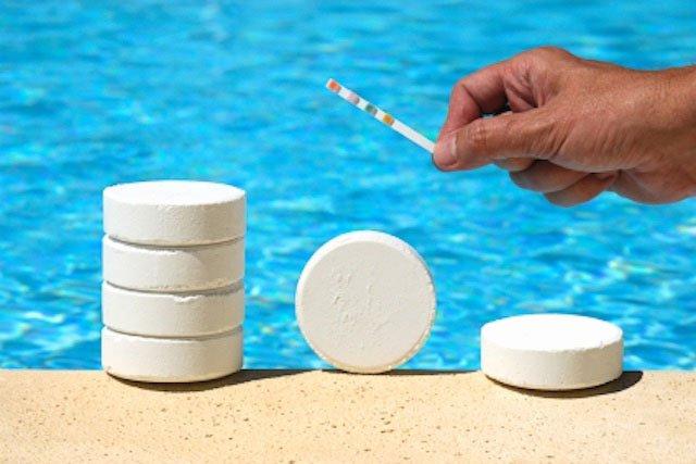 Особенности выбора химии для бассейна