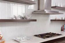 Украшением для кухни может стать красивый фартук из плитки