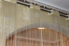 Применение нитяных штор в интерьере