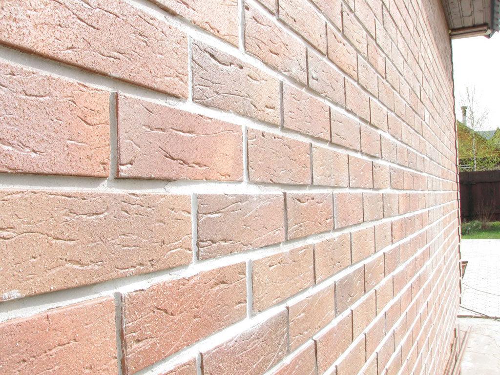 Основные характеристики клинкерной плитки, используемой при облицовке внутренней и внешней стороны здания