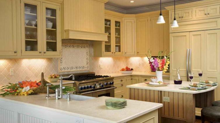 Какая должна быть кухня в загородном доме?
