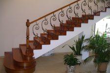 Какая лестница самая удобная?