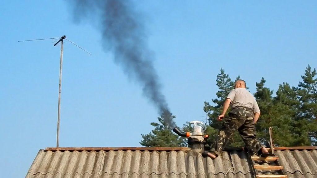 Чистка дымохода, особенности