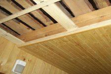 Монтаж потолка из гипсокартона в баню