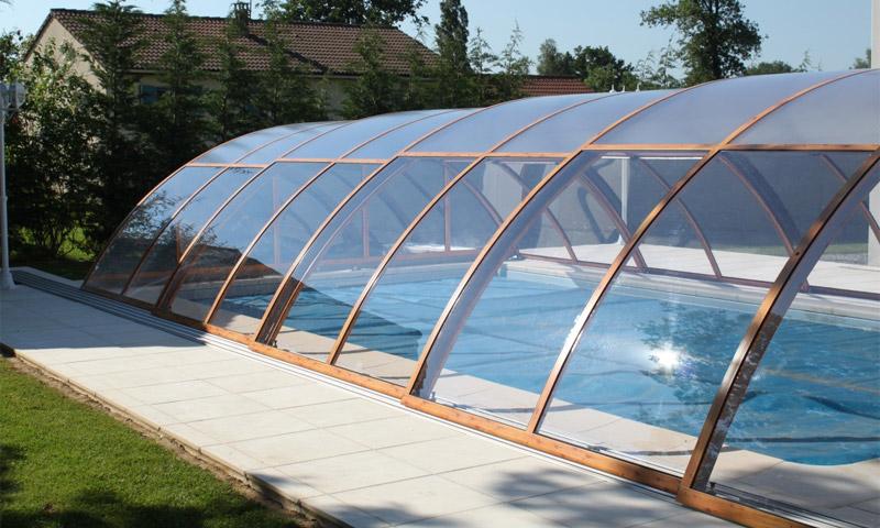 Монолитный поликарбонат для покрытия различных козырьков и изогнутых крыш