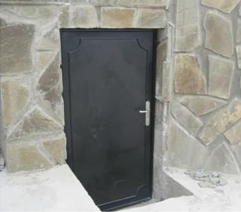 Создание металлической двери для подвала