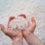 Что такое техническая дорожная соль и как ее использовать