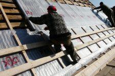 Гидроизоляция крыши частного дома: какой материал лучше?