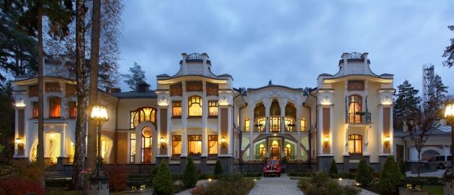 Дом, построенный по образцам столетней давности