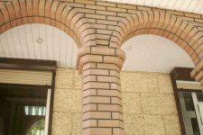 Кирпичная кладка арок