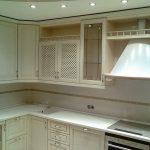 Как подобрать вытяжку или вентилятор на кухню