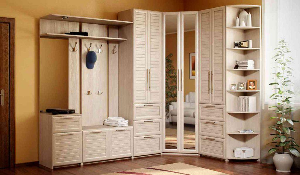 Как выбрать мебель для прихожей