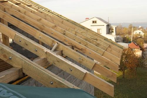 Карниз крыши — кобылка
