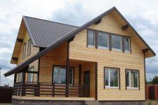 4 варианта внешней отделки домов из бруса