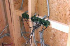Крепеж для электропроводки: что о нем нужно знать?