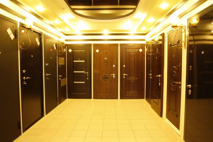 Особенности и виды тамбурных дверей