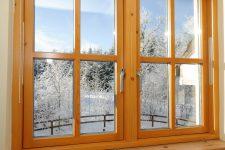 Самостоятельно демонтируем деревянное окно