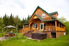 Защита деревяного дома от влаги и факторов среды