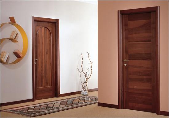 Шпонированные двери: особенности и достоинства